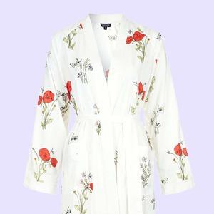 И пальто, и платье:  10 лёгких халатов на лето
