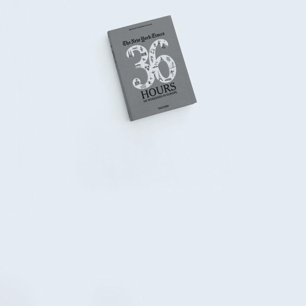 Генеральный директор фестиваля Context Софья Капкова о любимых книгах — Книжная полка на Wonderzine