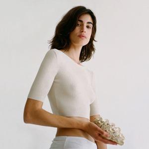 Вазы, туфли и идеальные летние платья: Испанская марка Paloma Wool — Новая марка на Wonderzine