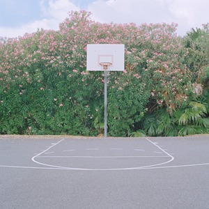 «Courts»: Заброшенные спортплощадки  — Фотопроект на Wonderzine