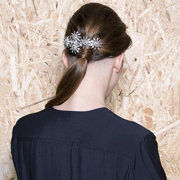 Ревизия:  Украшения для волос