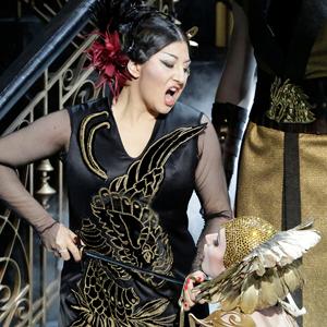 Как нарядить балерину и оперного певца: Я занимаюсь театральными костюмами — Стиль на Wonderzine