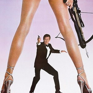 Найдите отличие:  Люди между ног  на постерах к фильмам