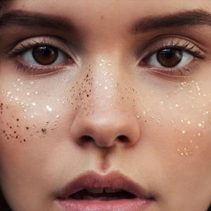 Золотые веснушки Miami Tattoos для летнего макияжа — Вишлист на Wonderzine