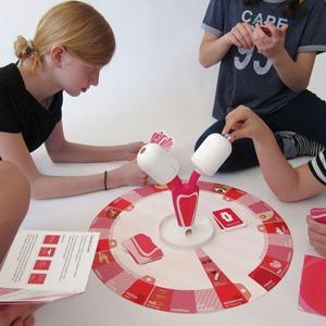 Обучающая настольная игра о месячных The Period Game