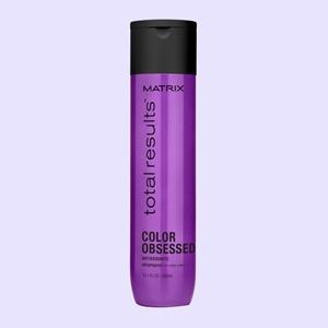 Инструкция: Как мыть голову, чтобы волосы чувствовали себя хорошо — Красота на Wonderzine