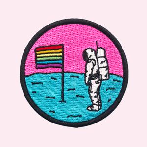 #IDAHOTB: 11 материалов об ЛГБТ в России и мире — Жизнь на Wonderzine