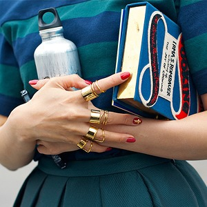 Розовый и остроумные  принты на гостях Paris Fashion Week — Paris Fashion Week SS 2014 на Wonderzine