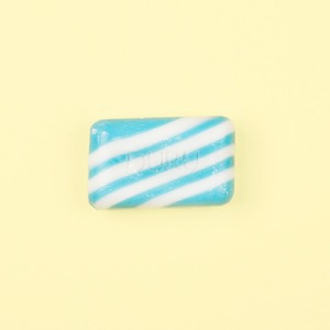 Нейл-арт недели:  Ностальгическое  мыло Duru — Красота на Wonderzine