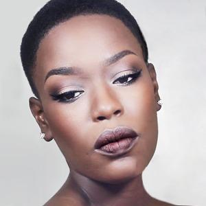 10 полезных YouTube-блогов о макияже — Красота на Wonderzine