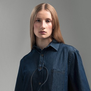 Комплект из джинсового кабеля для айфона и рубашки — Вишлист на Wonderzine