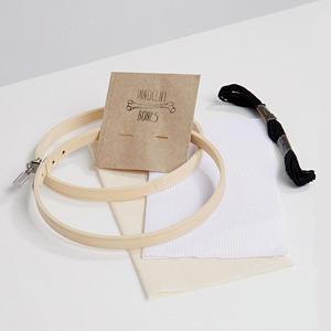 Набор для вышивания крестиком Innocent Bones «Bitch Please»
