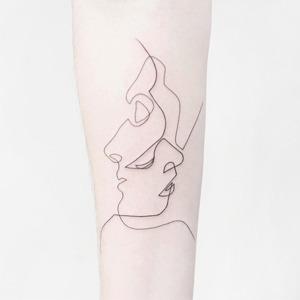 Nota bene: Инстаграмы с минималистичными татуировками