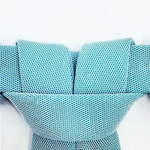 Andrea Jiapei Li: Женская одежда с намеком  на бандаж и оригами — Новая марка на Wonderzine