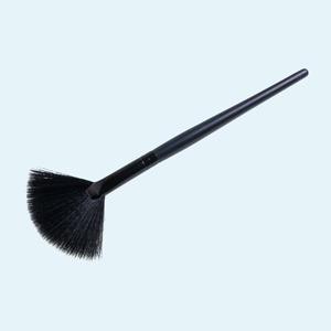 Как выбрать кисти для макияжа: Визажистки о том, чем пользуются сами — Красота на Wonderzine