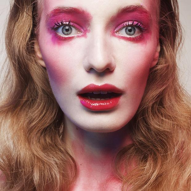 5 вариантов  изящного макияжа  на Хэллоуин