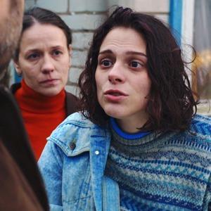 Запредельно близко: «Теснота» как главный российский кинодебют года — Кино на Wonderzine