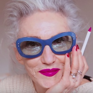 На кого подписаться: YouTube-канал  Into The Gloss — Красота на Wonderzine