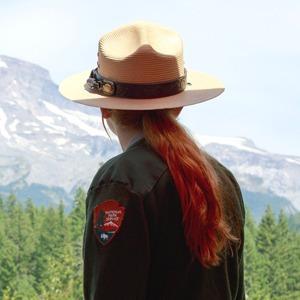 Волонтёрская работа:  С чего начать и к чему быть готовым