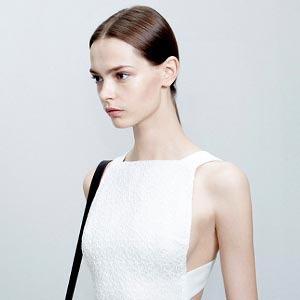 Платья А-силуэта  в весенне-летних коллекциях — Тенденция на Wonderzine
