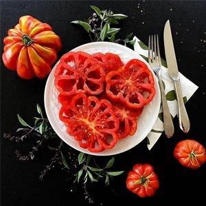 На кого подписаться: Инстаграм об «уродливых» овощах и фруктах