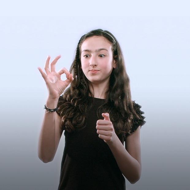 Как интернет-сленг проникает в язык жестов