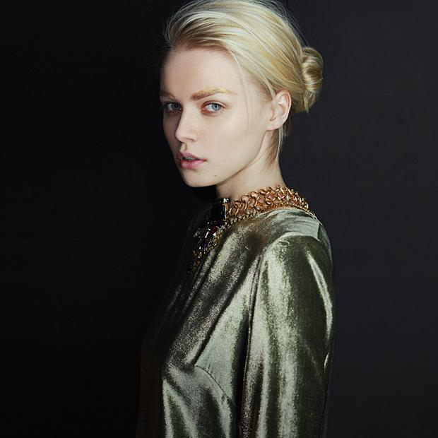 Ревизия:  Новогодние платья — Съемки на Wonderzine
