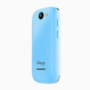 На ладони: Крошка-смартфон Jelly