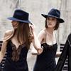Модели на улицах Лондона в новой кампании Zara