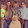 Balenciaga показали, как должна выглядеть «модная» семья