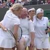 Теннисистка вызвала  на корт зрителя, который давал ей подсказки