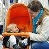 В России пассажирам метро хотят запретить перевозить детей в детских колясках