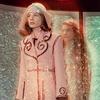 В новой кампании Gucci снялись пришельцы  и динозавры