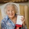100-летняя певица Вера Линн возглавила британские чарты