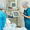 Медиков могут обязать пускать родственников  в реанимацию