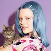 В новой рекламной кампании Monki снялись художница и кошка