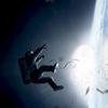 Сандра Буллок один на один с космосом в первом трейлере «Гравитации»