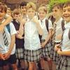 Английские школьники надели юбки в знак протеста