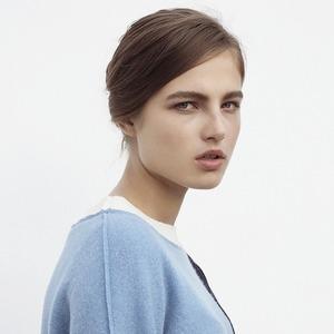 Рубашки, топы и пальто Simple Forms: Российский минимализм