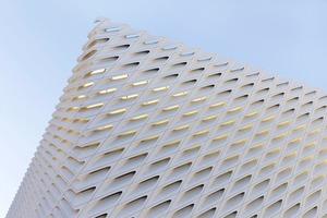 Музей современного искусства The Broad  в Лос-Анджелесе