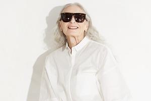 86-летняя модель стала лицом кампании Vans x  & Other Stories