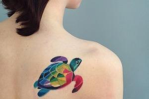 На кого подписаться: Акварельные татуировки Саши Унисекс