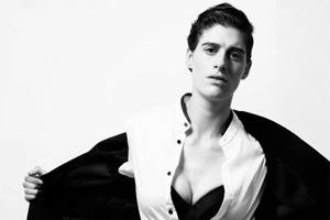 На кого подписаться: Инстаграм бигендерной модели Рейн Дав