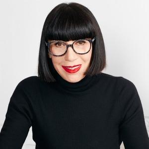 Носить или не носить: Дизайнер Шанталь Томасс о белье и феминизме