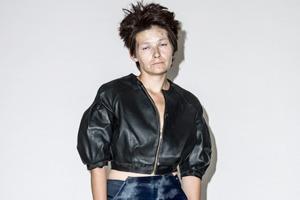 Наркозависимые женщины из России в псевдо-фэшн-съемке