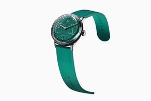 «Умные» классические часы Sequent, которые не нужно заряжать