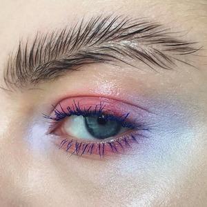 Инстаграм всему голова: Почему странные тренды в макияже — это хорошо