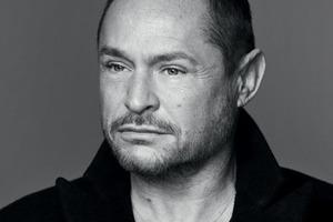 Том Пешо стал арт-директором косметики YSL