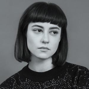 Куратор  Наталья Протассеня  о любимых книгах