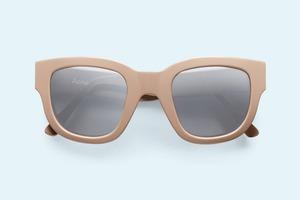 Acne представили коллекцию солнцезащитных очков